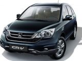Honda CRV RE merupakan generasi ketiga yang diluncurkan di tahun 2007 dan ditugaskan untuk menggantikan pendahulunya, CRV RD. Generasi ketiga ini mengalami perubahan yang signifikan dari sisi desainnya. Ban cadangan yang digantungkan di pintu bagasi kini ditanggalkan. Desainnya lebih modern dan dinamis, jauh dari kesan kaku.