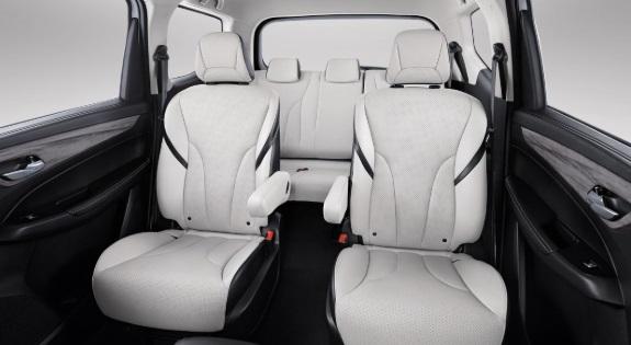 Desain Interior Wuling Cortez CT (Captain Seats)