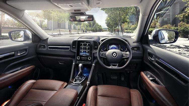 Renault Koleos Dashboard and Instrument Cluster Design